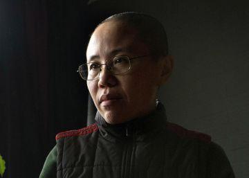 Liu Xia, viuda del Nobel de la Paz Liu Xiaobo, sale de China