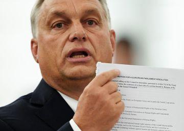 Los diputados populares españoles evitan apoyar la moción crítica con Orbán