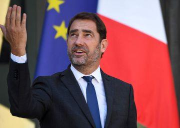 Macron realiza grandes cambios en el Gobierno para frenar la caída de su popularidad