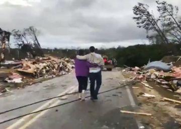 muertos impacto tornado alabama