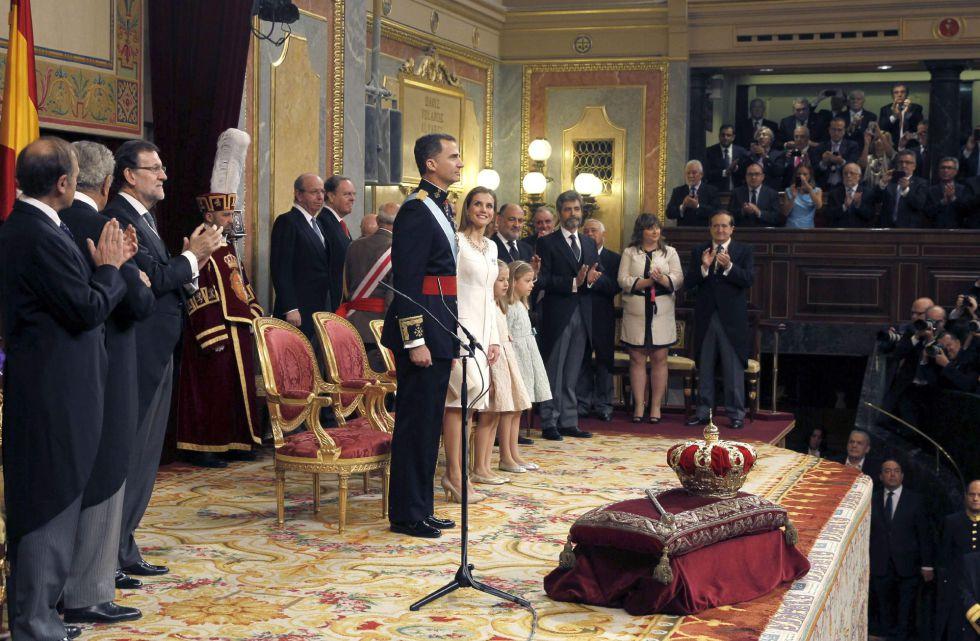 King-Felipe-VI-Crowned-June-19-2014