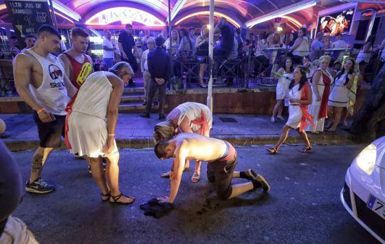 Teens Girls Party Movie Spain