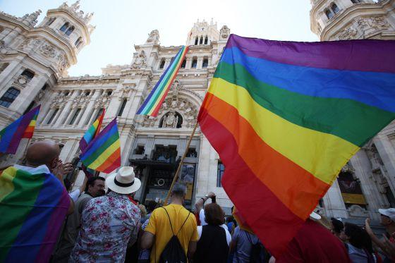 Matrimonio gay un pa s que cambia espa a el pa s - Casarse rapido en madrid ...