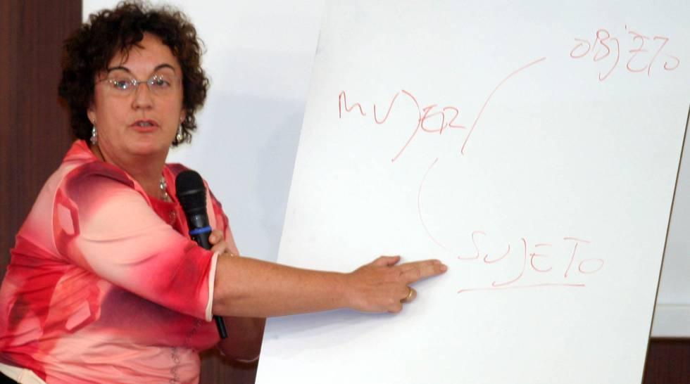 El PSOE propone a una experta en igualdad para el Constitucional