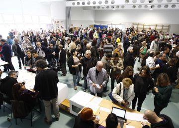 Puigdemont planea un referéndum sin urnas transparentes ni cabinas