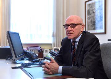 El abogado belga de Puigdemont dice que no acudirá a la Audiencia mañana