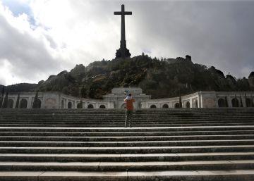 El Gobierno prepara la salida de Franco del Valle de los Caídos