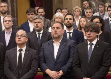 Llarena cierra el sumario del 'procés' y suspende como diputados a Puigdemont y Junqueras