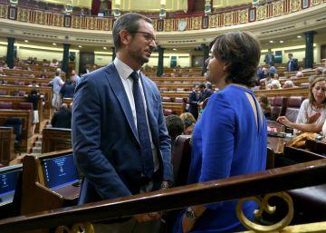 """El nuevo PP promete una integración """"gota a gota"""" y da tiempo a Santamaría"""