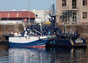 pulso entre aduanas policía alta mar
