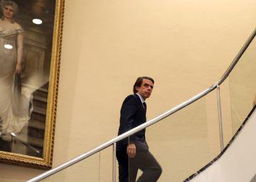 """Aznar atribuye la corrupción en España al """"síndrome del nuevo rico"""""""