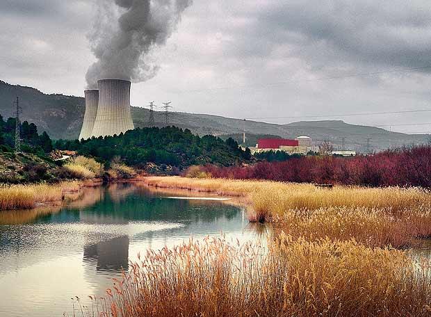 EL PAÍS SEMANAL: El dilema nuclear