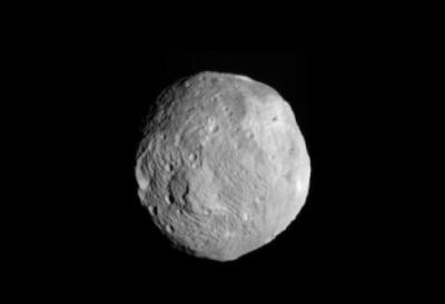 Vesta, uno de los mayores asteroides situados en el Cinturón Principal, entre Marte y Júpiter