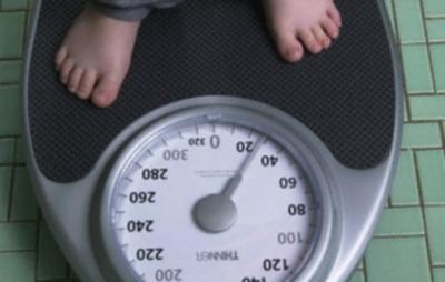 La obesidad infantil en la balanza