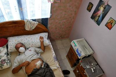 Adolfo Nieto, afectados por el jarabe envenenado en Panamá