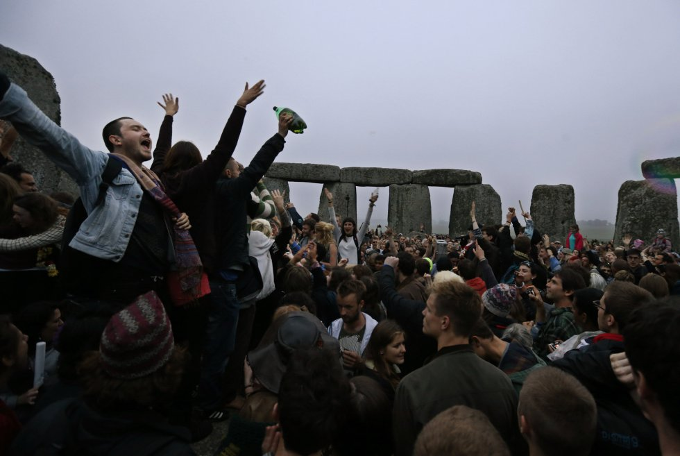 Solsticio de verano en Stonehenge 1371811584_720065_1371835899_album_normal