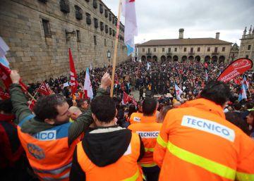 La falta de médicos saca a la calle a miles de personas en Teruel