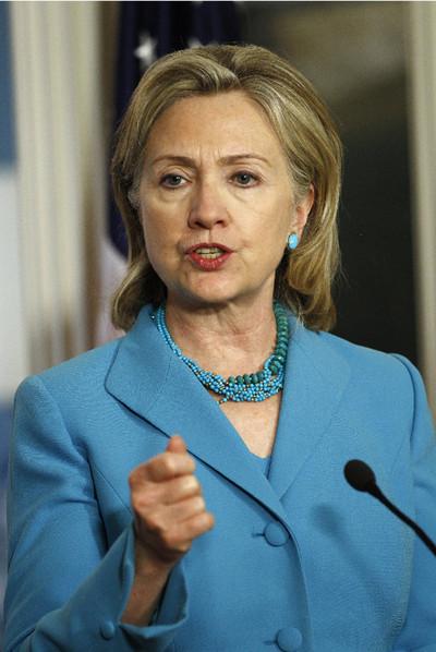 Hillary Clinton y Cherie Blair lideran un proyecto para acercar el móvil a 150 millones de mujeres