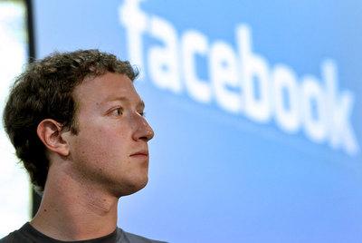 El éxito de LinkedIn animará a Facebook a salir a Bolsa