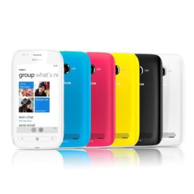Nokia desafía a Apple y Samsung con los primeros Windows Phone