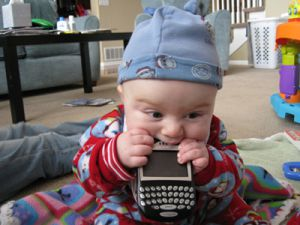 El 27% de los padres, con problemas por prestar el móvil a sus hijos