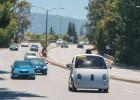 El accidentado estreno del coche sin conductor de Google