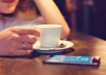 Cinco formas de desbloquear el móvil sin tocar la pantalla