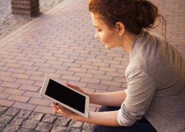 Las mujeres se muestran más cariñosas que los hombres en Facebook
