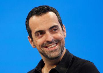 Hugo Barra ficha por Facebook para hacerse cargo de Oculus