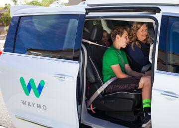 Los taxis sin conductor de Google empiezan a dar servicio en Arizona