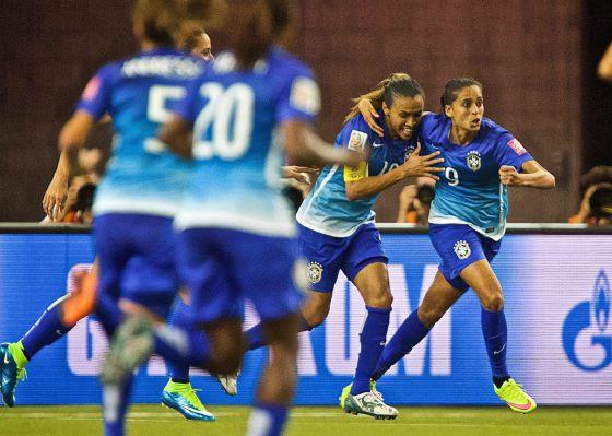 f397f8ab3b19a Copa do Mundo de Futebol Feminino 2015  Brasil derrota a Espanha e avança  para as oitavas de final do mundial