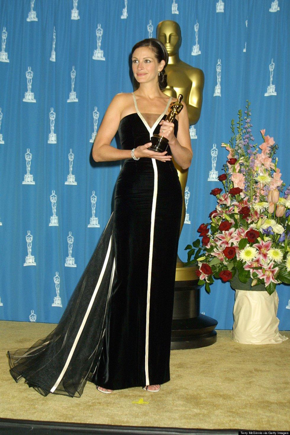 4ff9f17bf O de Julia Roberts é um dos vestidos mais emblemáticos de todos os tempos.  Em