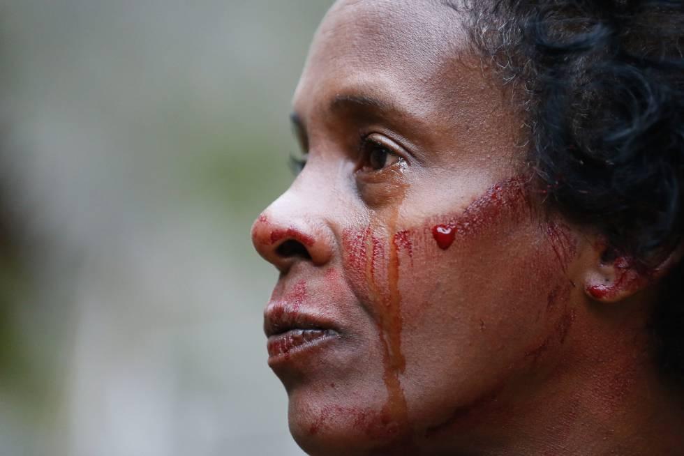 Resultado de imagem para barbarie nas favelas