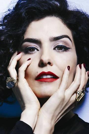 "813f409959f Agredida  Letícia Sabatella  ""No Brasil hoje há um desejo de morte ..."