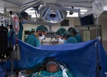 El Govern admite la falta de profesionales en sanidad