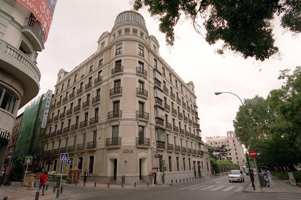 Fotos cat logo de edificios municipales a la venta for Edificio oficinas valencia