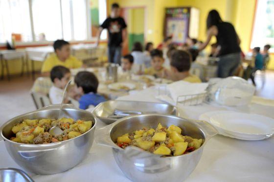 Los padres denuncian que el copago del comedor deja a niños sin ...