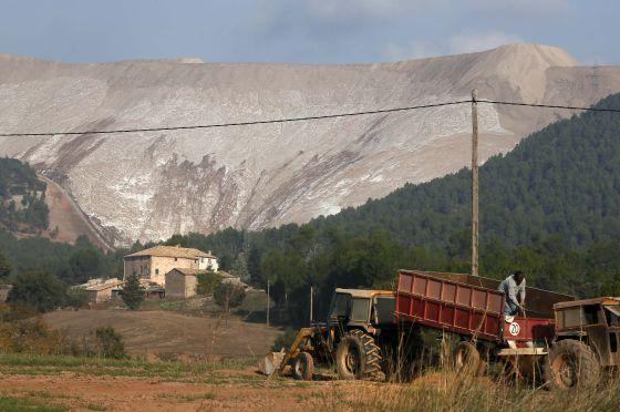 Montaña de residuos salinos existente actualmente en Catalunya (Sallent, Barcelona)
