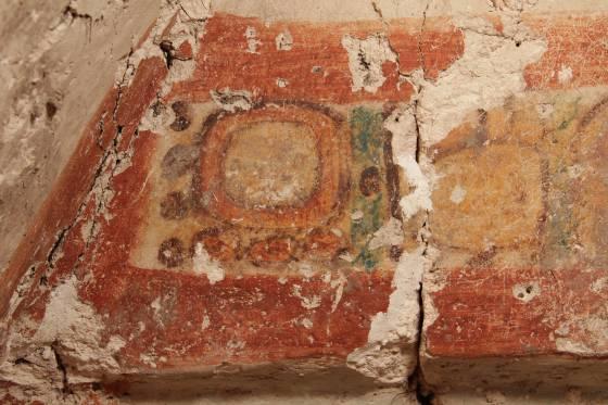 Arqueologos Valencianos Sacan A La Luz Un Excepcional Mural Maya