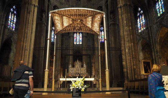 Un Baldaquin De Plata Y Oro Cataluna El Pais
