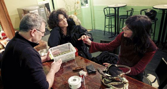 Crece el número de fumadores de marihuana organizados en Madrid | Madrid |  EL PAÍS