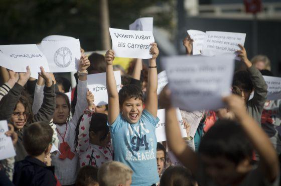 Plataformas pro infancia piden ampliar las becas comedor | Cataluña ...