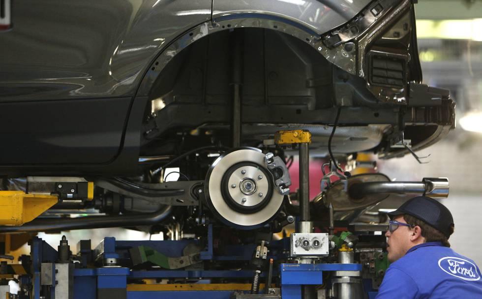 Ford parará su planta de Almussafes 21 días entre noviembre y enero