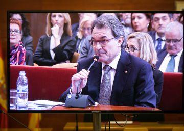 El Estado pide al Tribunal de Cuentas que investigue quién paga a los abogados de Artur Mas y su equipo