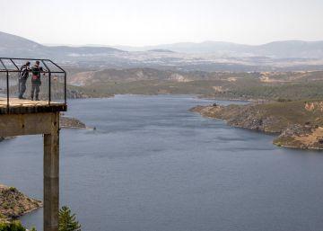 Madrid gasta un 7,4% menos de agua que en 2007 con 425.500 habitantes más