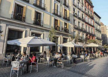 Carmena y Garrido chocan por la música de terrazas y bares
