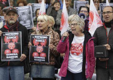 La activista de Stop Desahucios, Rosa García, Tambor de Oro 2019
