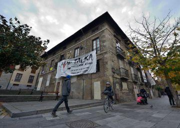 El Movimiento Feminista de Vitoria ocupa un palacio para reivindicar su lucha