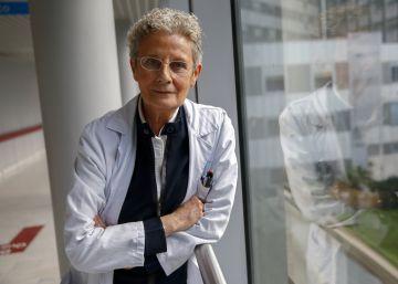 """Médicos que eligen no jubilarse en Madrid.""""Tengo 75 años, la medicina está en mi ADN"""""""