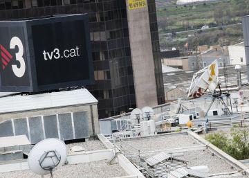 """El Institut de Estudis Catalans tercia en la polèmica del uso del término """"exiliado"""" en TV3"""